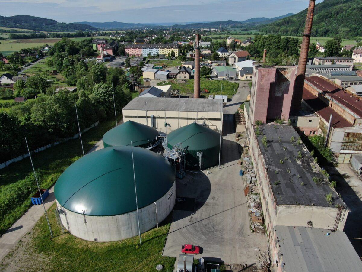 Bioplynka v Rapotíně už vytápí třetinu obce